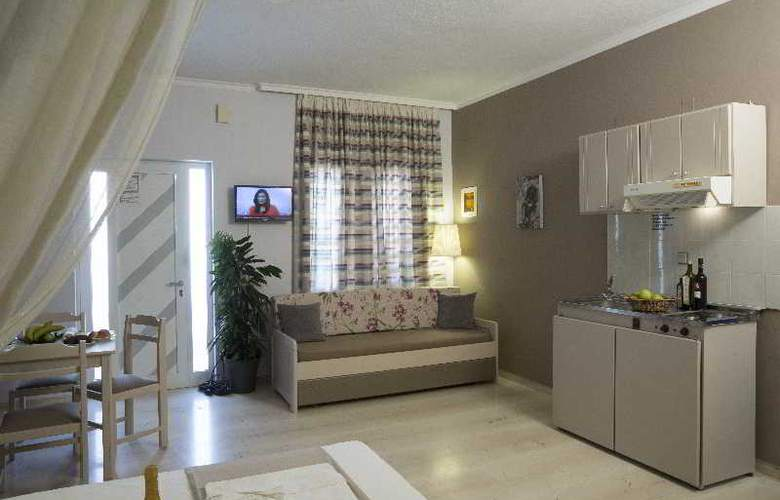 Elia Stalos Apartments - Room - 5