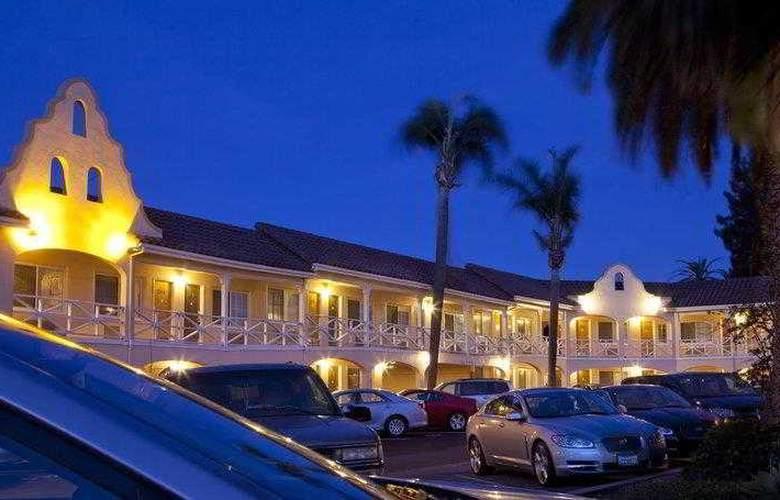 Best Western Plus El Rancho - Hotel - 24