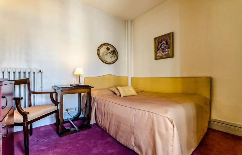 Langlois - Room - 1