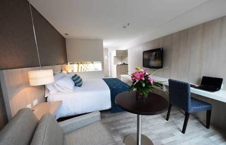 Hotel BH Bicentenario - Room - 2