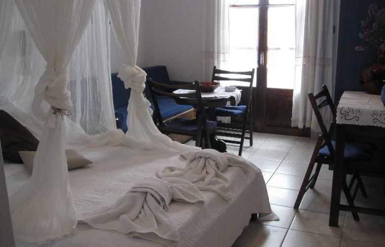 Batistas - Room - 8