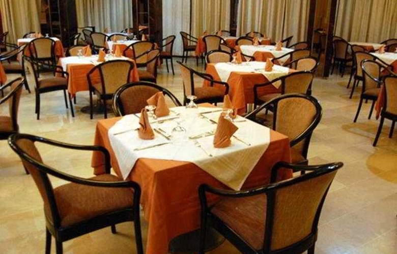 Diplomat - Restaurant - 9