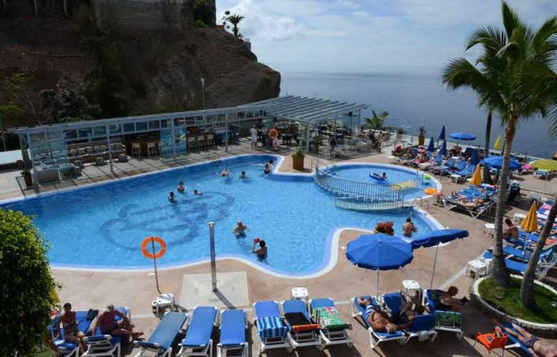 Apartamentos Bahia Blanca - Pool - 1