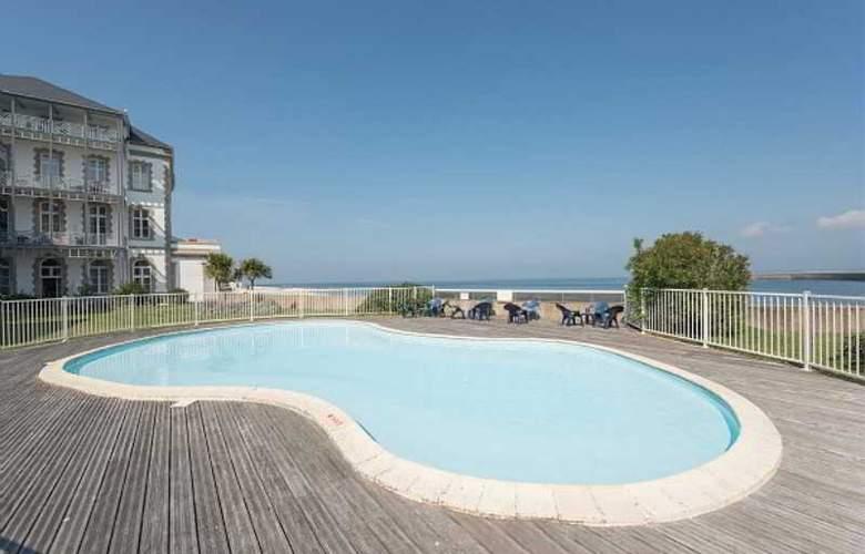 Residence St Goustan - Pool - 12