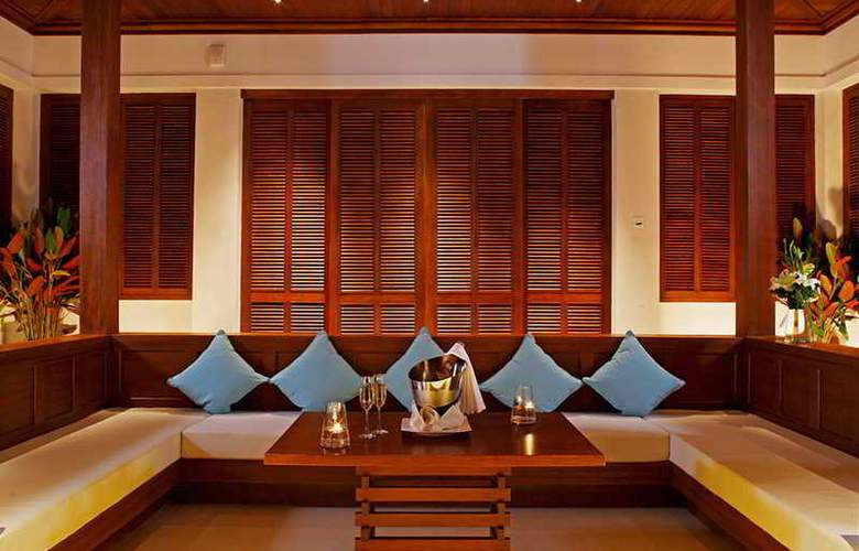 Centara Grand Beach Resort Phuket - Room - 26