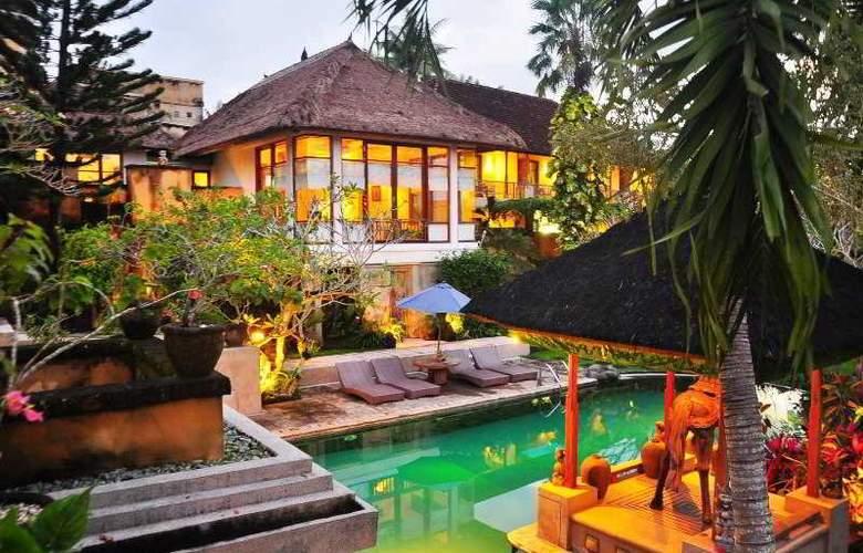Alam Puri Villas & Spa - Hotel - 5