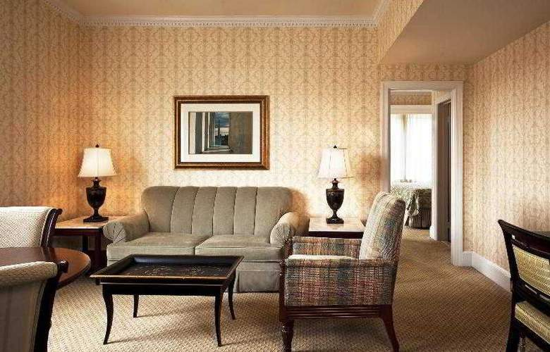 Fairfax at the Embassy Row - Room - 29