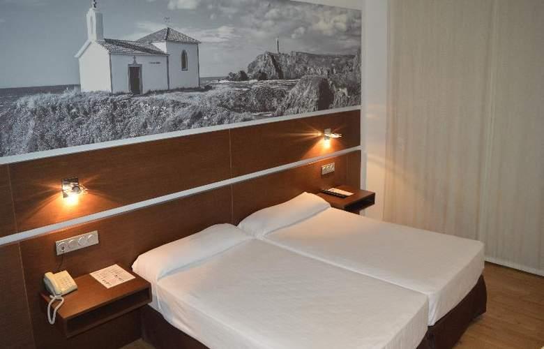 Sercotel Odeon - Room - 18