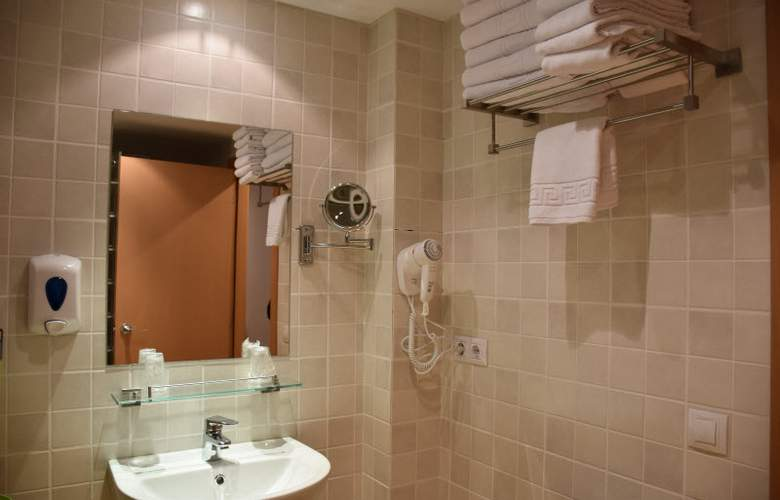 Apartamentos Segle XX - Room - 3