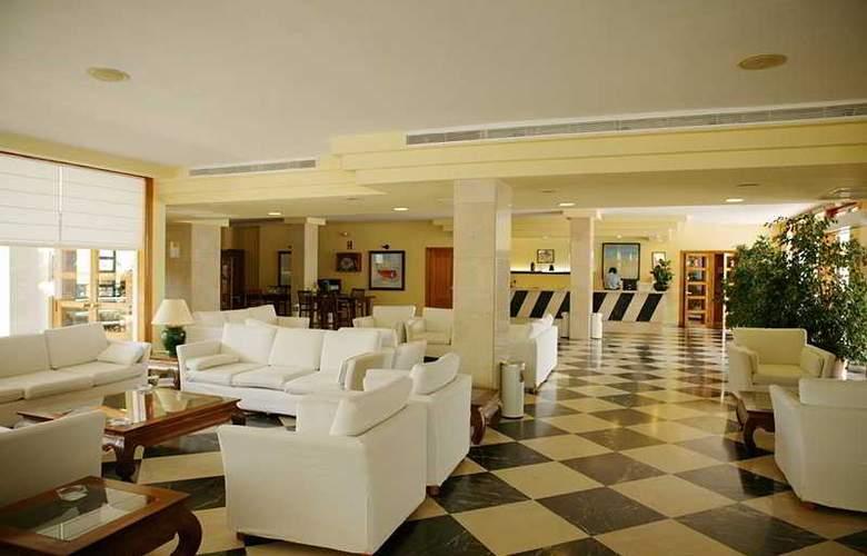 Prinsotel La Caleta - Hotel - 10