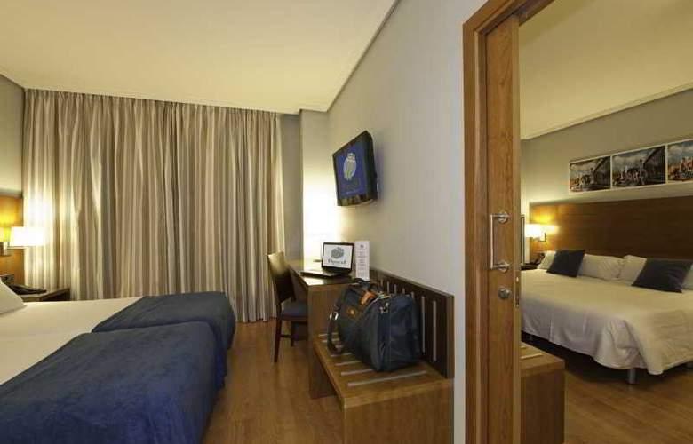Avant Aeropuerto - Room - 7