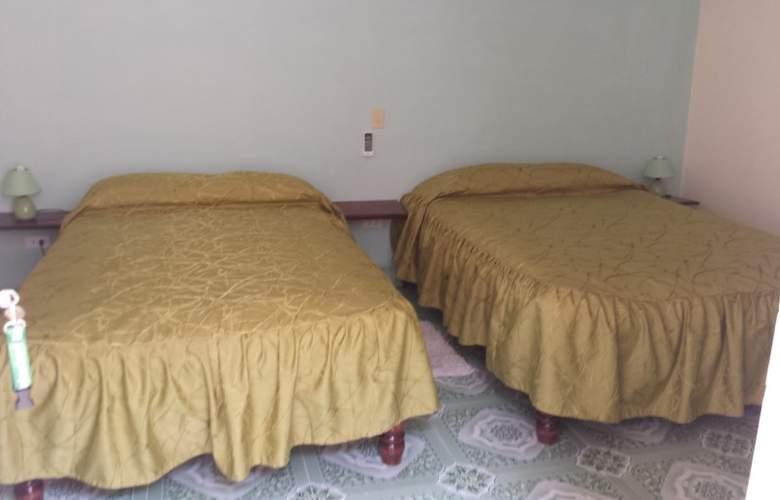 Hostal Otto y Mayli - Room - 11