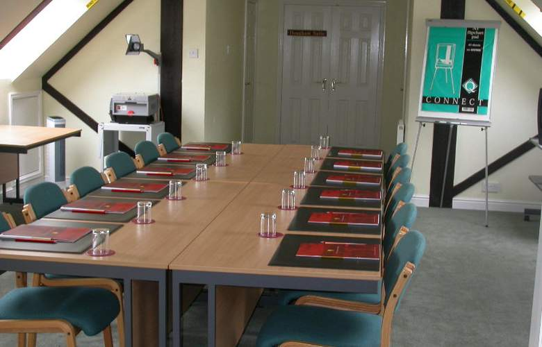 Ramada Resort Grantham - Conference - 6