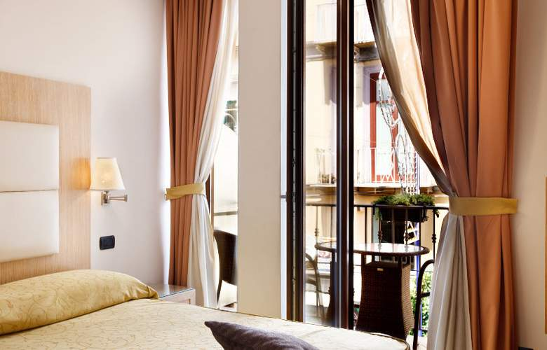 Sorrento City - Room - 7