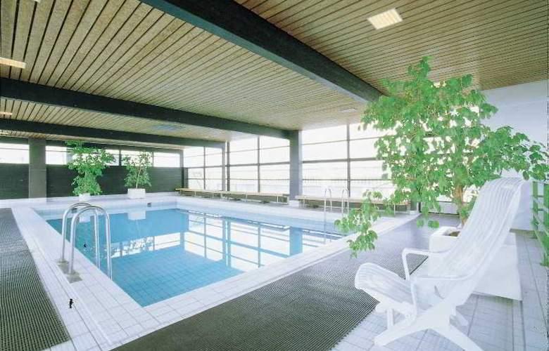 Scandic Espoo - Pool - 8