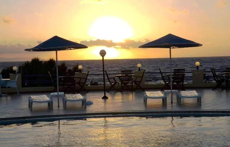 Zorbas Hotel Beach Village - Hotel - 10