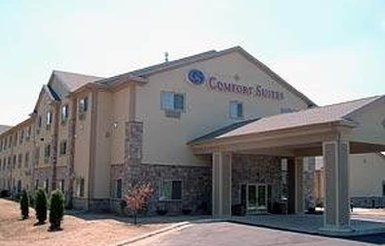 Comfort Suites (Lake Geneva) - Hotel - 0