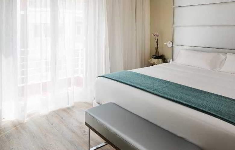 NH Madrid Zurbano - Room - 24