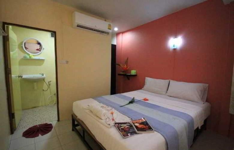 Pong Pan House - Room - 8