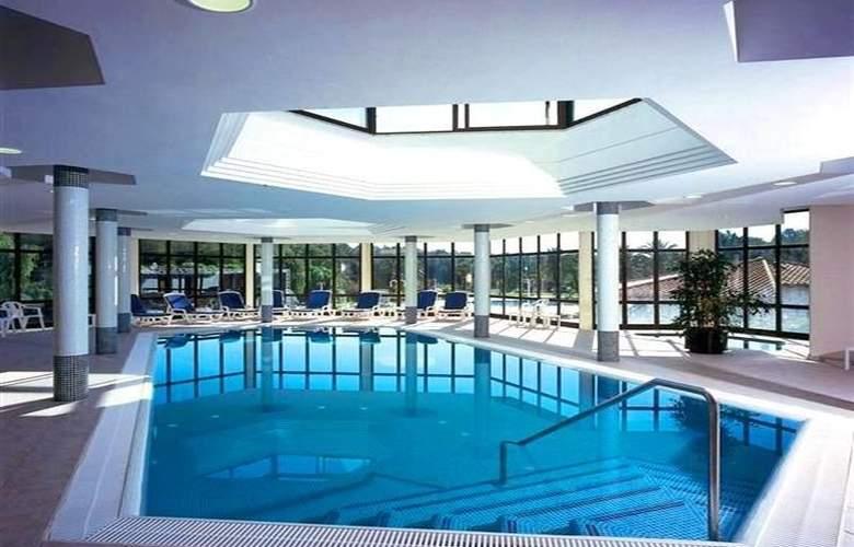 Exagon Park - Pool - 6