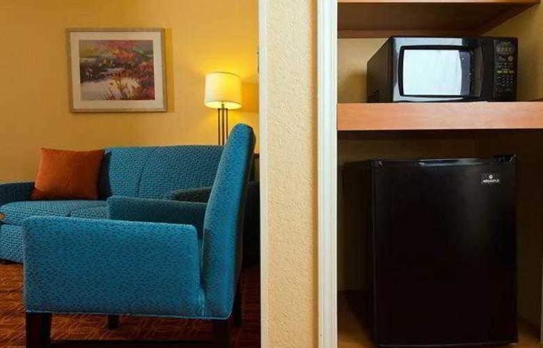 Fairfield Inn & Suites Lawton - Hotel - 1