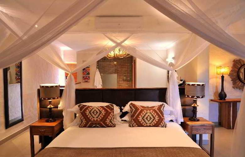 Victoria Falls Safari Club - Room - 9