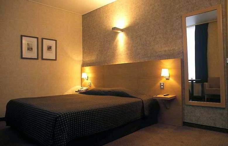 Hotel Navarra - Room - 2