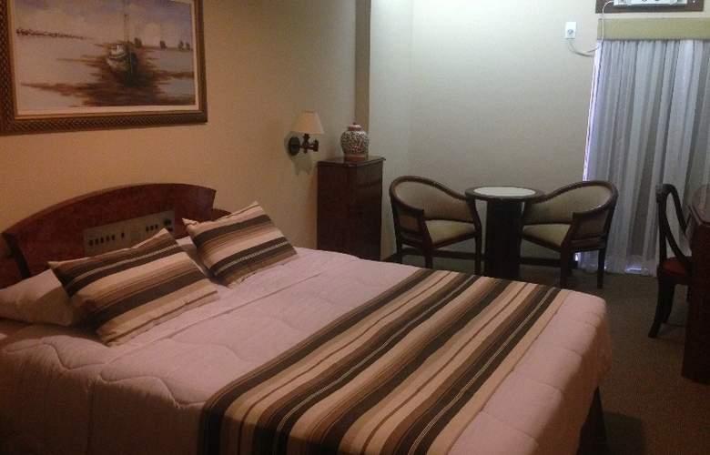 Augustos Copacabana - Room - 2