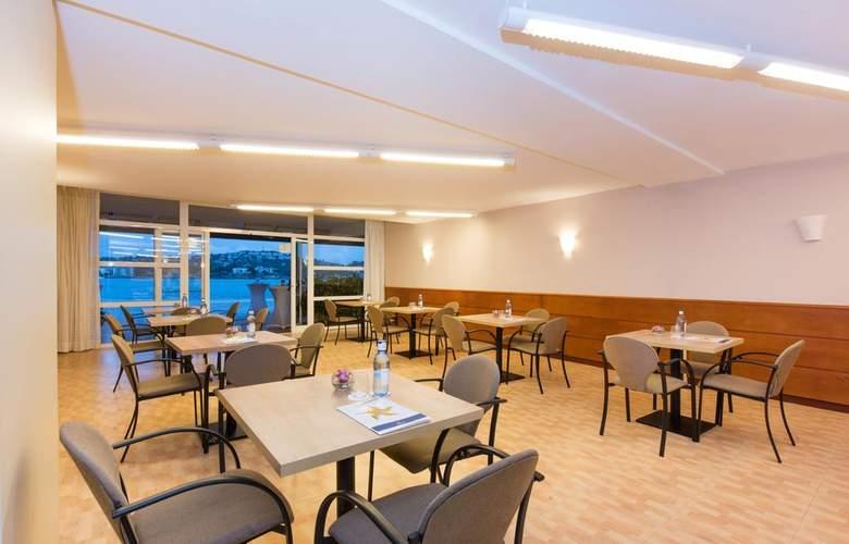 Iberostar Suites Jardín del Sol - Bar - 3