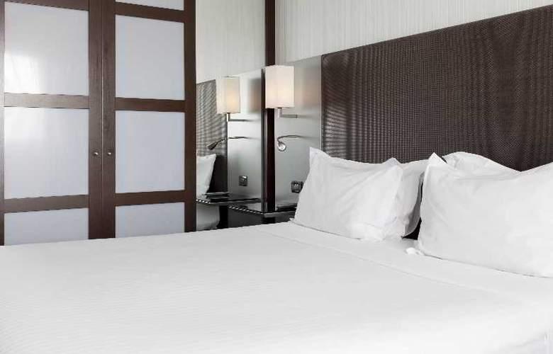 Ac Algeciras - Room - 15