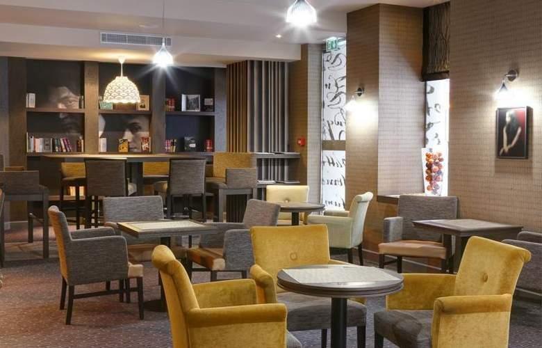 Best Western Hôtel Littéraire Premier Le Swann - Bar - 127