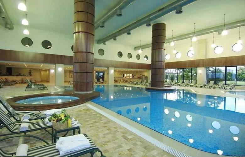 Titanic Beach & Resort De Luxe Hotel - Pool - 6