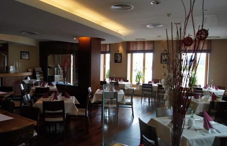 Pod Wawelem Hotel - Restaurant - 0