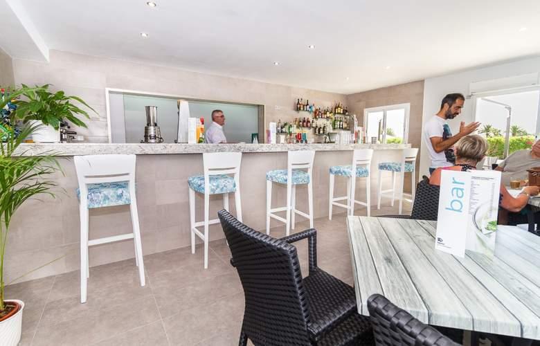 Eix Lagotel Hotel y apartamentos - Bar - 4