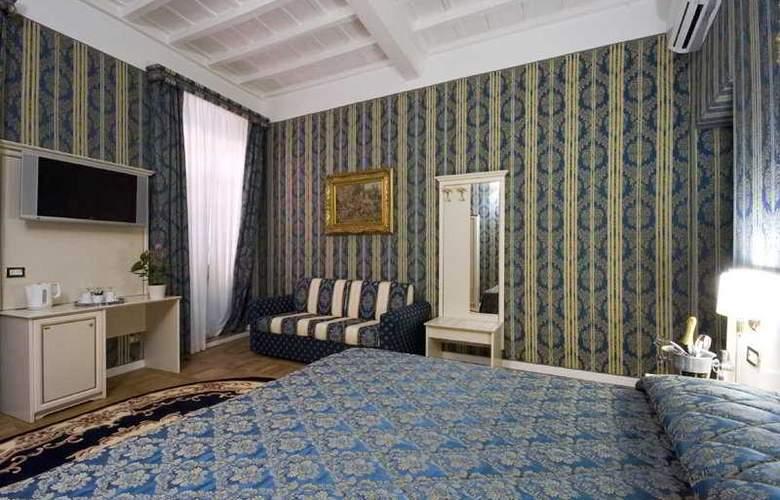 Relais Fontana di Trevi - Room - 6