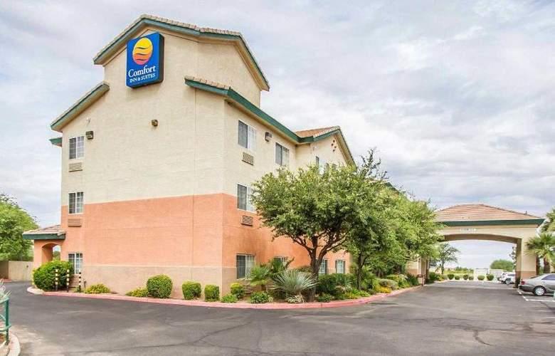 Comfort Inn & Suites - Hotel - 5