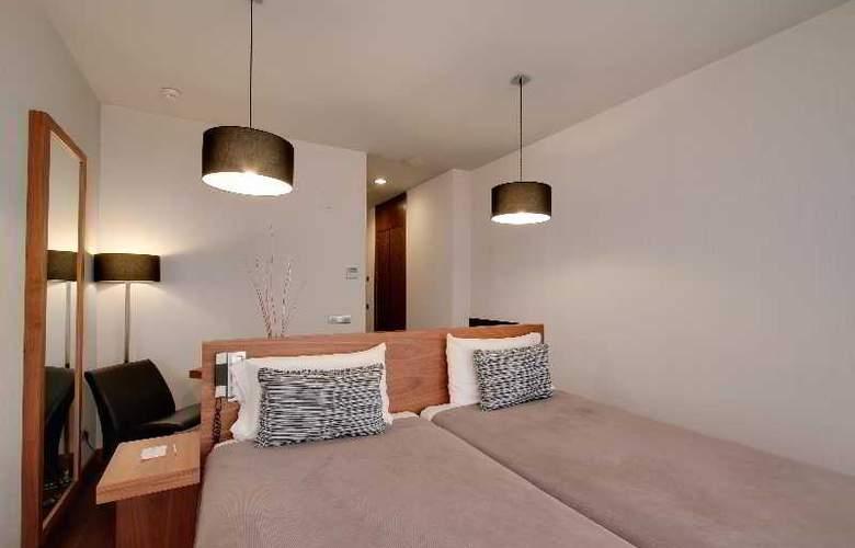 Rafaelhoteles Madrid Norte - Room - 21