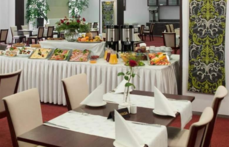Best Western Premier - Restaurant - 32