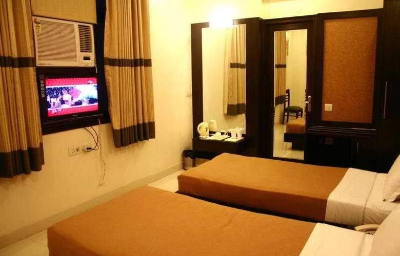 Saar Inn - Room - 3
