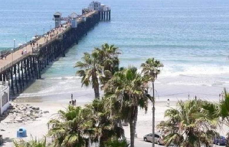 Wyndham Oceanside Pier Resort - Extra Holidays - Beach - 7