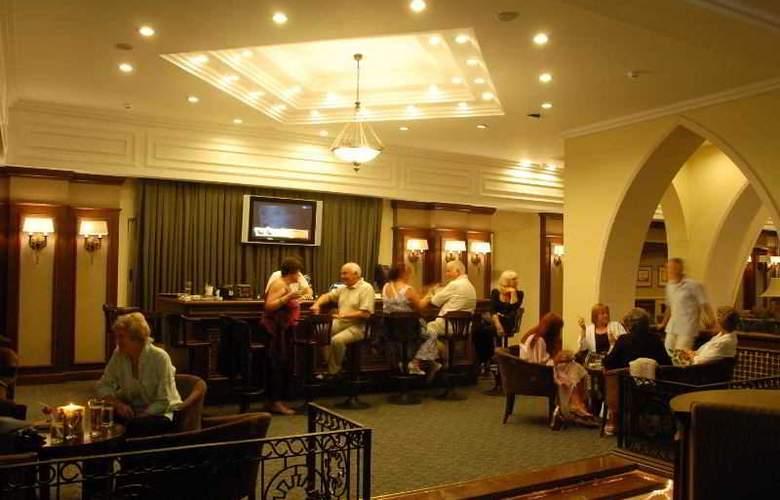 Oscar Resort - Bar - 6
