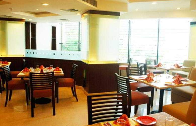 The Residency - Restaurant - 5