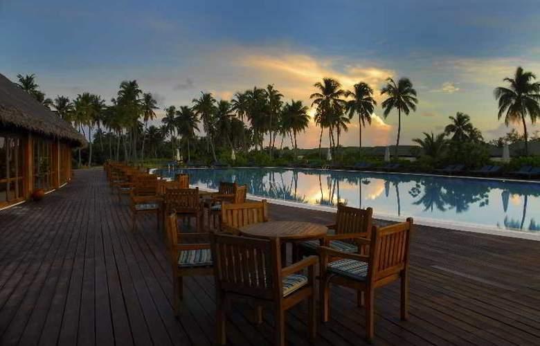 Herathera Island Resort - Pool - 15