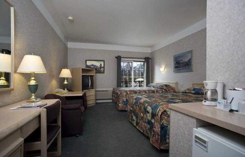 Econo Lodge - Canmore Mountain Lodge - Room - 3