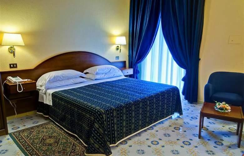 Best Western La Solara Sorrento - Room - 24
