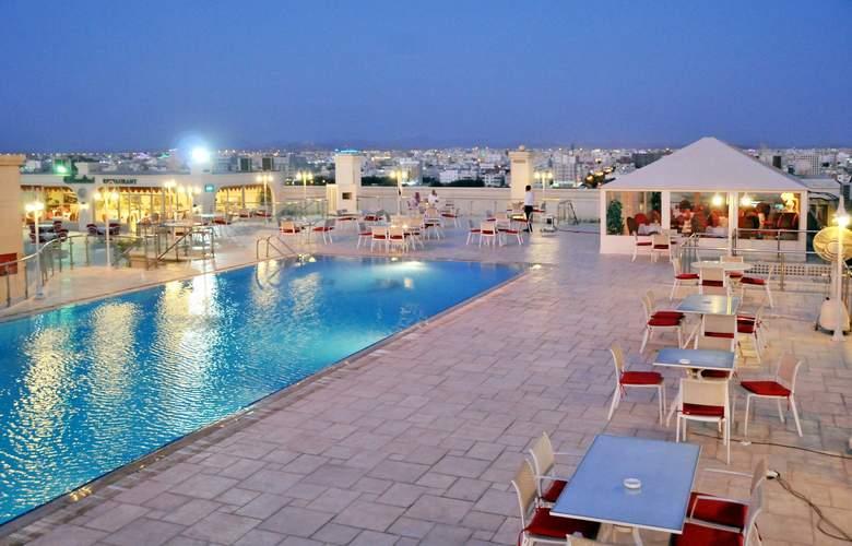 Habitat Hotel Jeddah - Pool - 1
