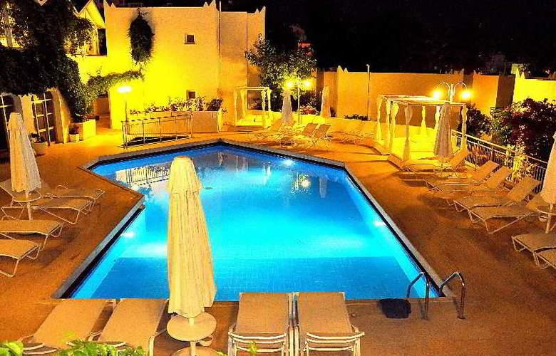 Bodrum Eos hotel - Pool - 6