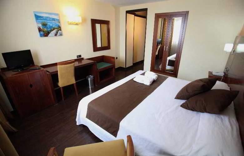 Hidalgo - Room - 15