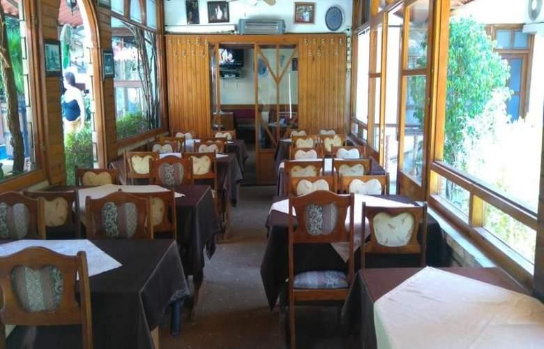 Karyatit Otel - Restaurant - 11