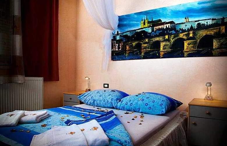 Casa Italia - Room - 2